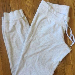 Lululemon Heathered gray sweats sweatpants 8